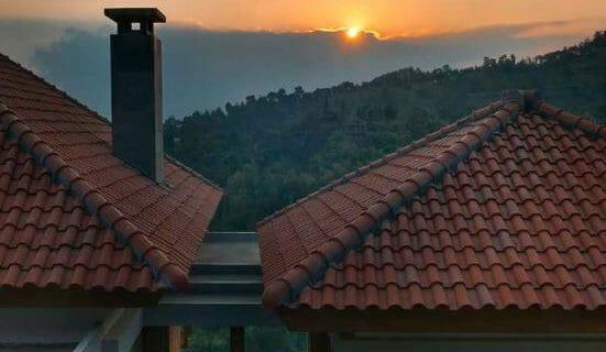 Atap Rumah Tropis
