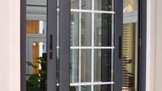 Jasa Pasang Pintu Jendela Kaca Aluminium Kediri