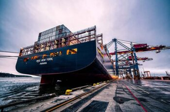 cargo-containers01b.jpg